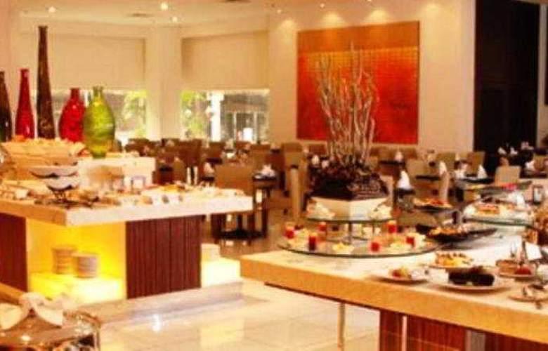Seri Pacific Hotel Kuala Lumpur - Restaurant - 8