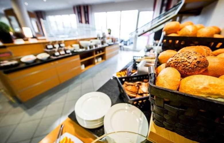 Holiday Inn Express Cologne Muelheim - Restaurant - 32