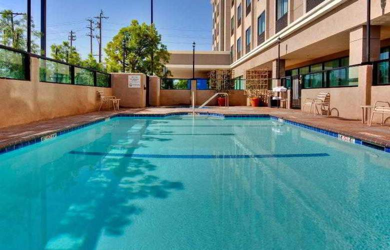 Holiday Inn Express Los Angeles Airport - Pool - 14