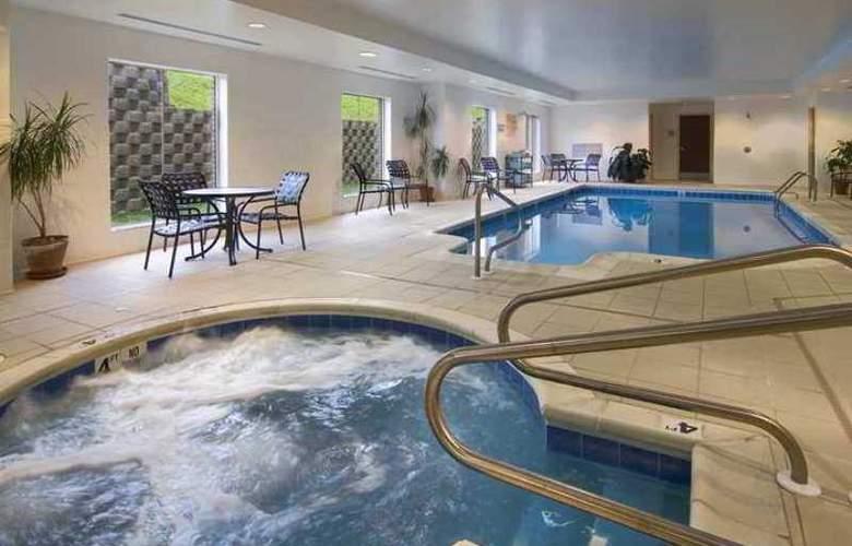 Hilton Garden Inn Clarksburg - Hotel - 2