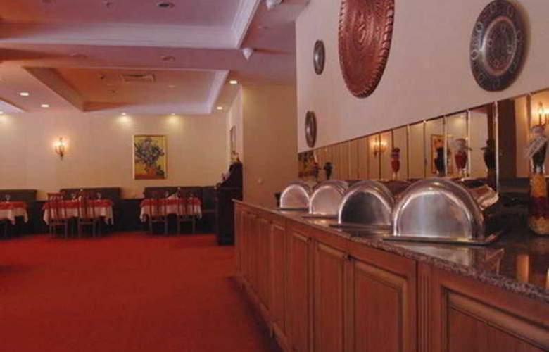 Grand Mir - Restaurant - 8