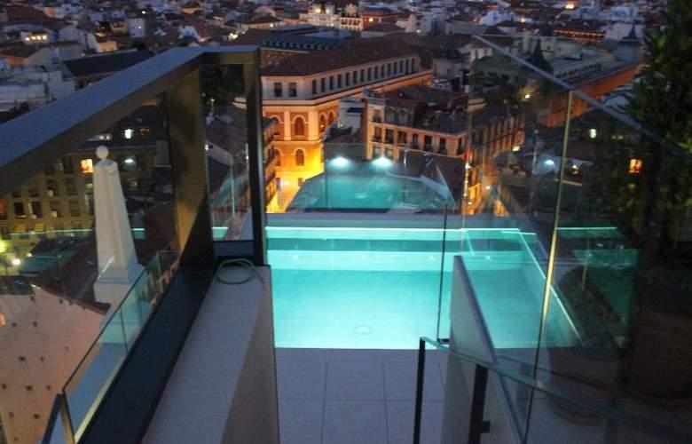 Dear Madrid - Pool - 24