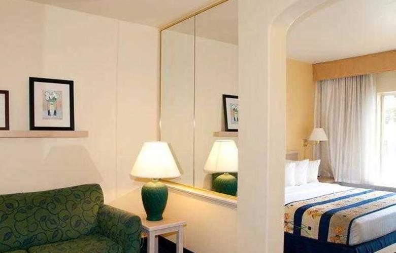 SpringHill Suites Las Cruces - Hotel - 16