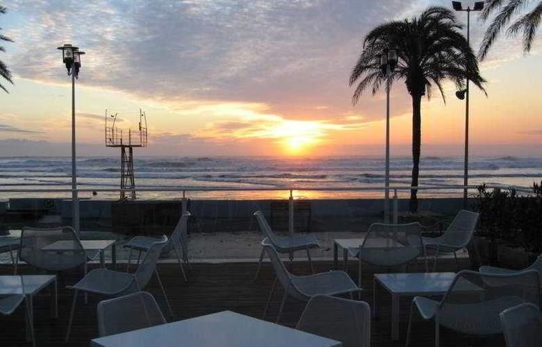 De la Playa - Terrace - 11