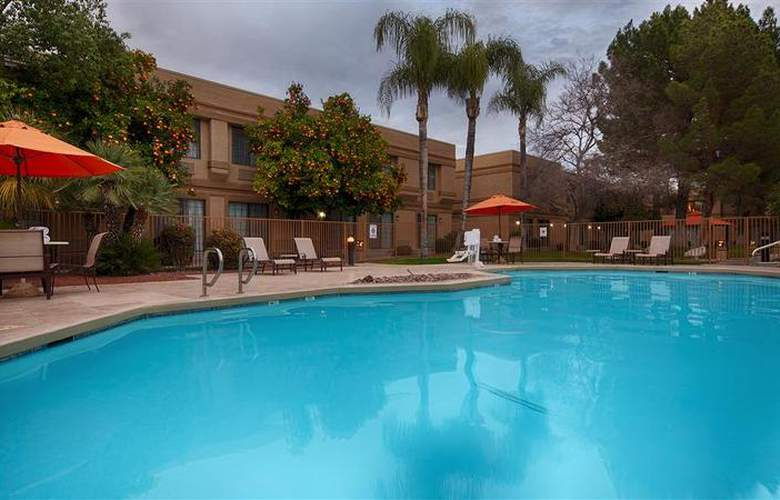 Best Western Tucson Int'l Airport Hotel & Suites - Pool - 125
