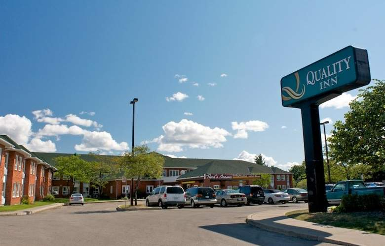 Quality Inn Airport West Mississauga - Hotel - 2