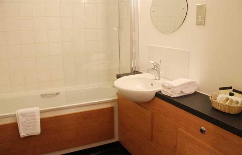 Lansdowne Hotel - Room - 12