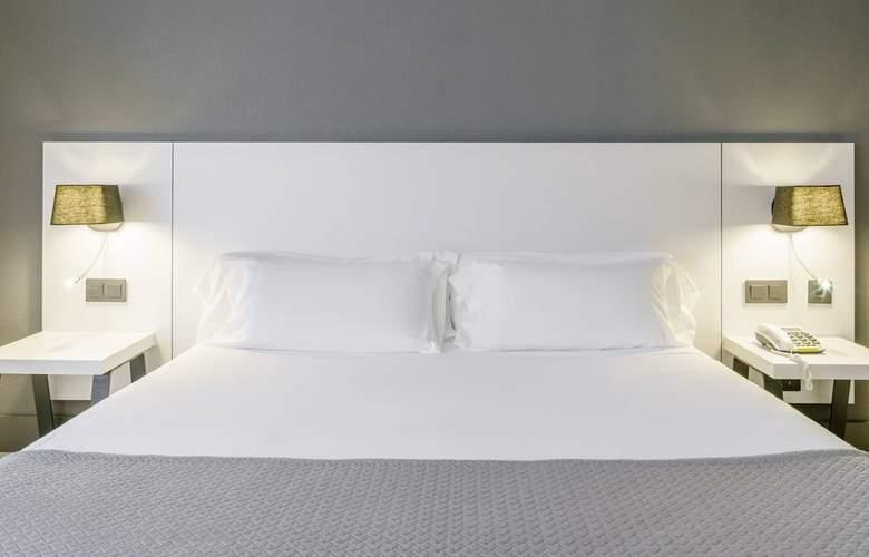 Ilunion Bilbao - Room - 8