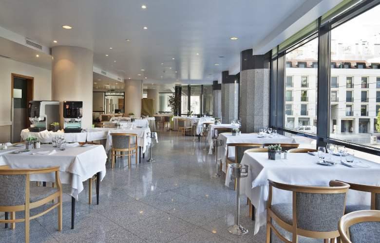 Mundial - Restaurant - 18