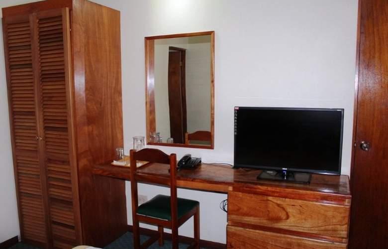 El Sesteo Apartotel - Hotel - 2