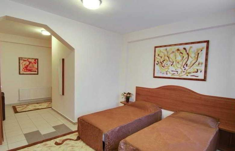 Tranzzit Hotel - Room - 3