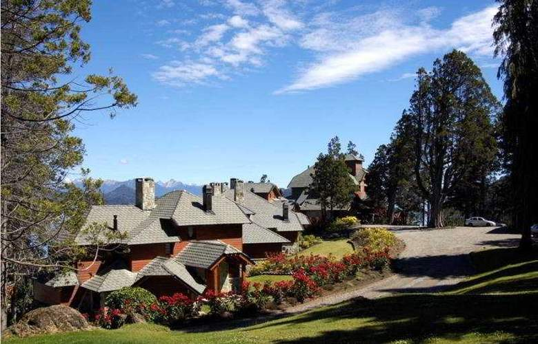 Charming Luxury Lodge & Private Spa - General - 1
