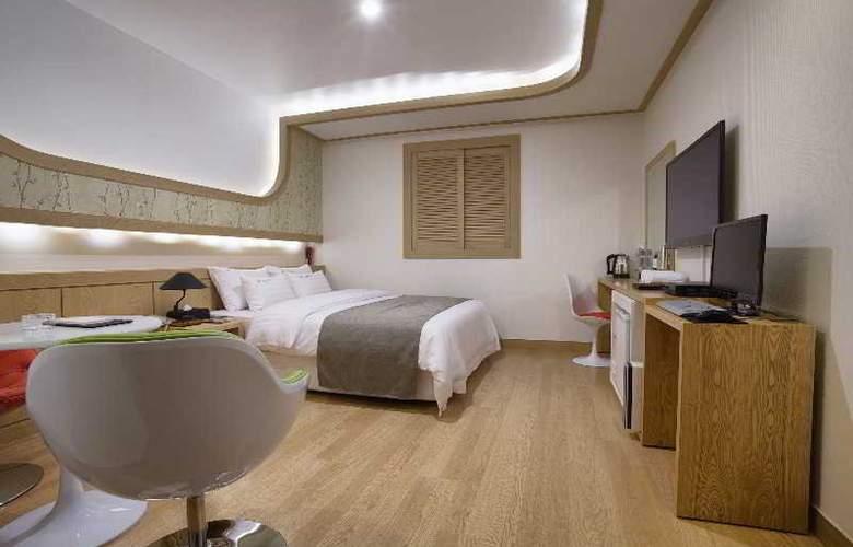 LEX Tourist Hotel - Room - 2