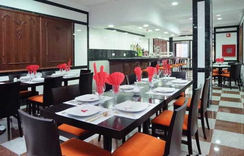 Reyesol - Restaurant - 5