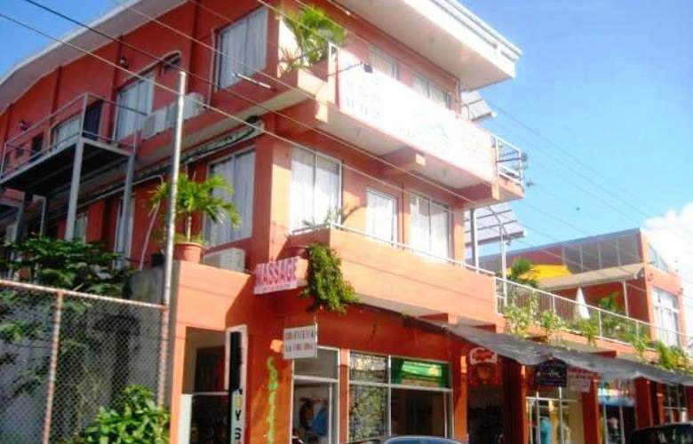 Las Colinas - Hotel - 6