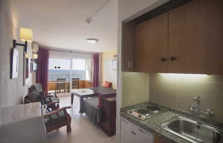 Apartamentos Jabega - Room - 12