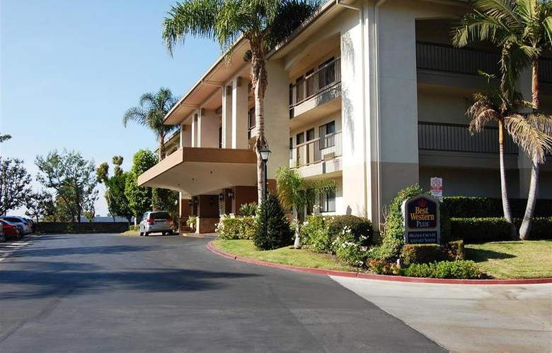 Best Western Plus Orange County Airport North - Hotel - 44