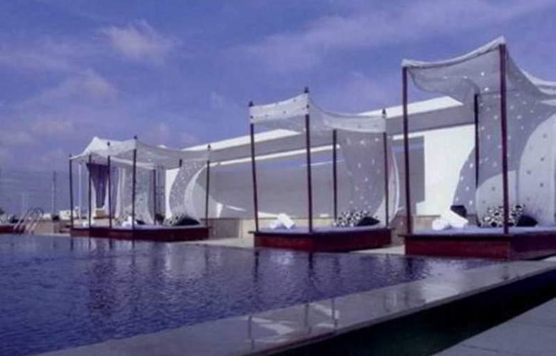 The Park Chennai - Pool - 7