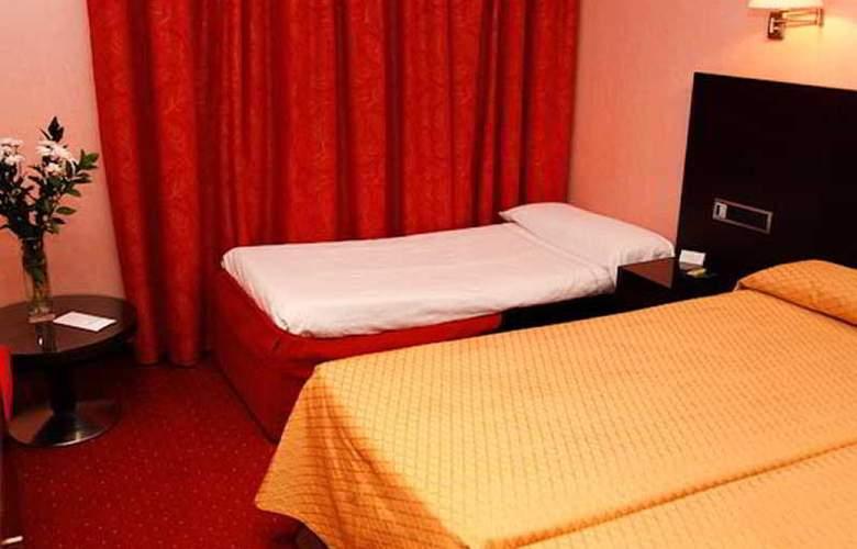 Sercotel San Juan de los Reyes - Room - 15