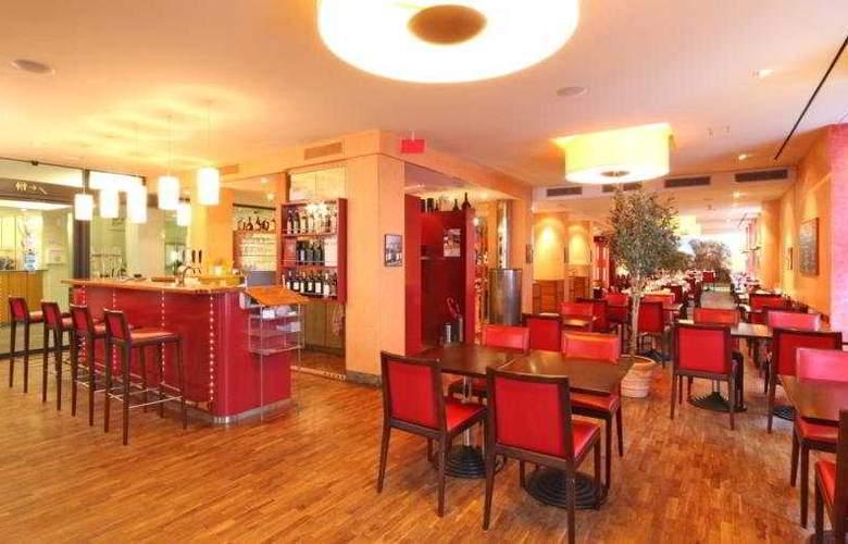 Cascada Swiss Quality Hotel - Restaurant - 9