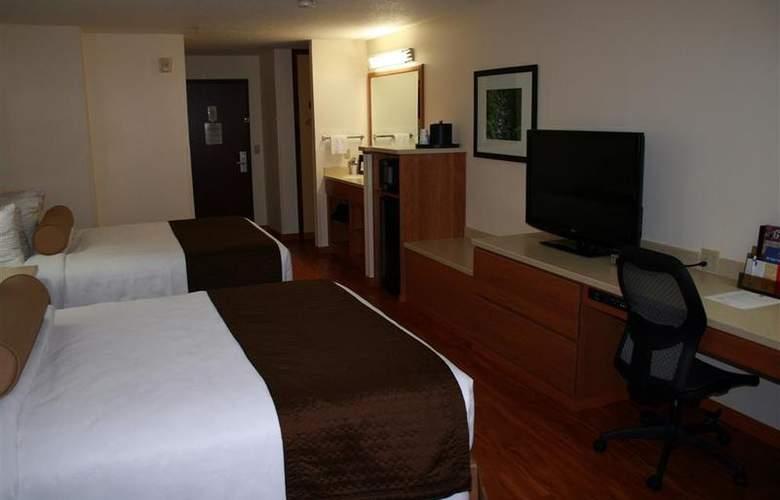 Best Western Plus Park Place Inn - Room - 117