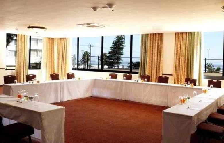 Premier Hotel Cape Manor - Conference - 4