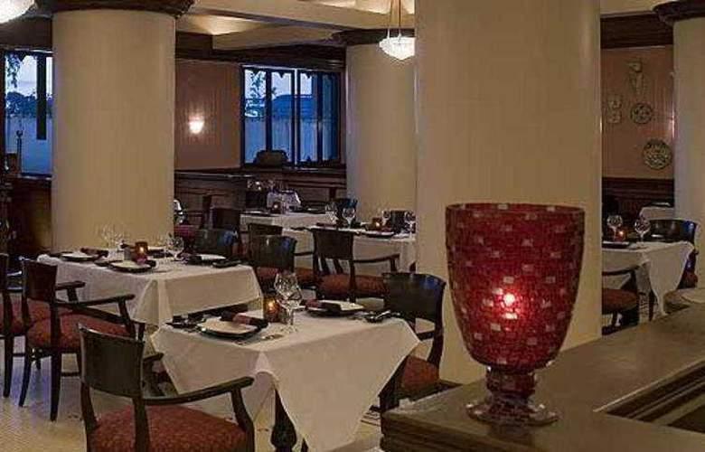 Hyatt Regency San Francisco Airport - Restaurant - 10
