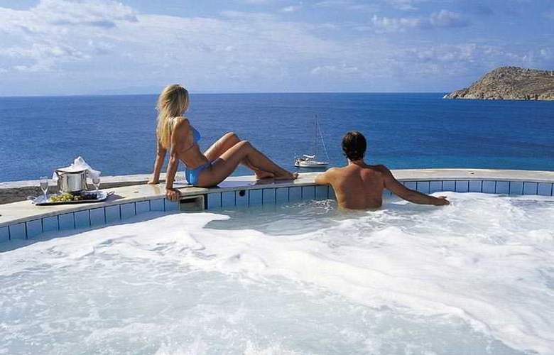 Myconian Imperial Hotel and Thalasso Center - Pool - 7