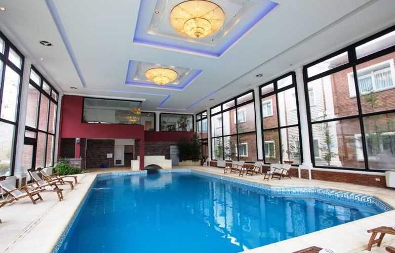 Unique Luxury Patagonia - Pool - 24