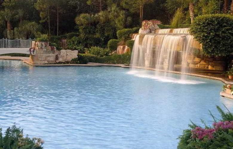 Walt Disney World Dolphin Resort - Pool - 26