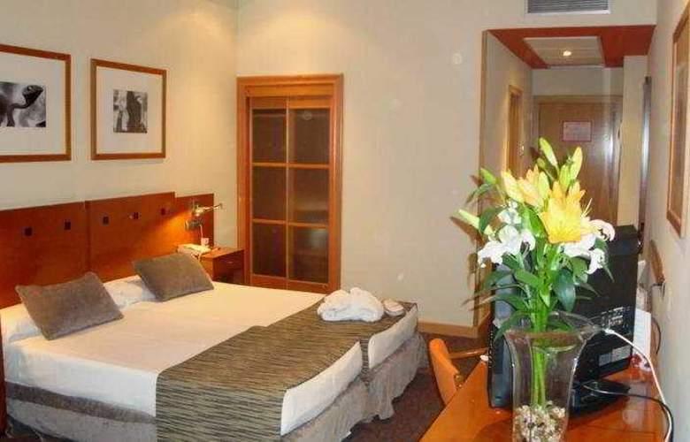 Petit Palace Arturo Soria - Room - 3