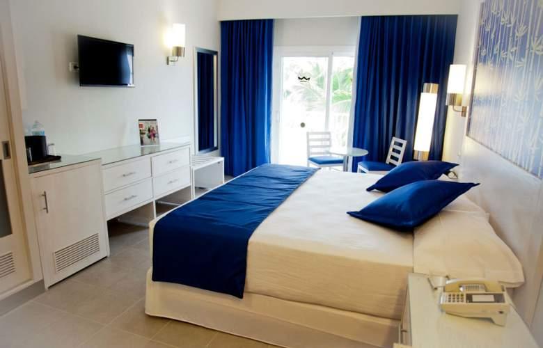 Riu Bambú - Room - 1