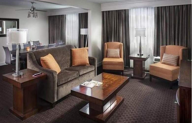 Crowne Plaza Phoenix Airport - Room - 16
