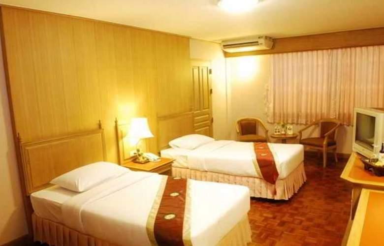Silom Village Inn - Room - 5