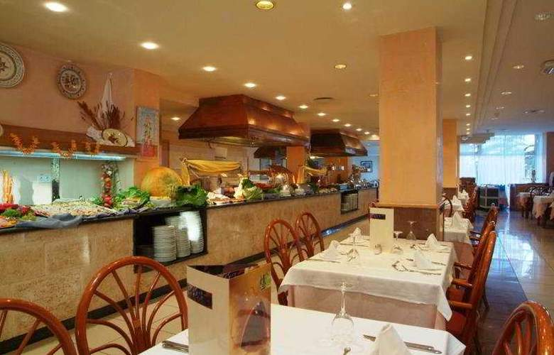 Grupotel Taurus Park Hotel - Restaurant - 8