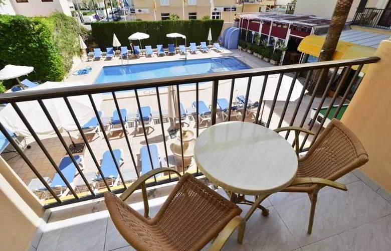 Amoros Hotel - Room - 13