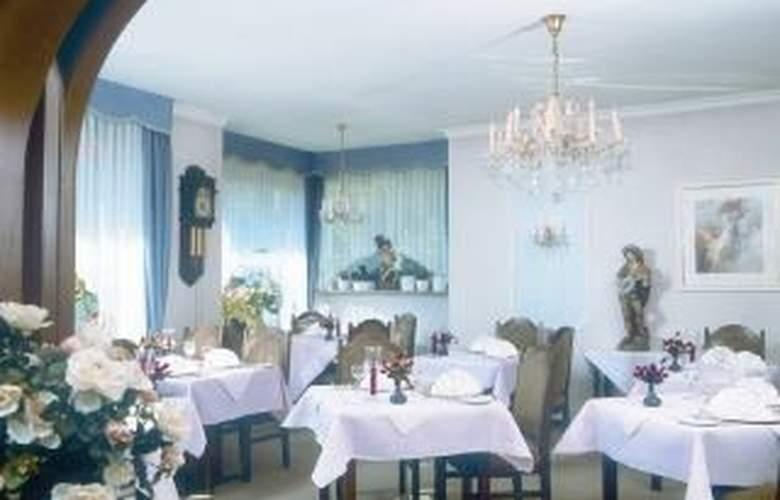 TOP CCL Hotel Ritter - Restaurant - 4