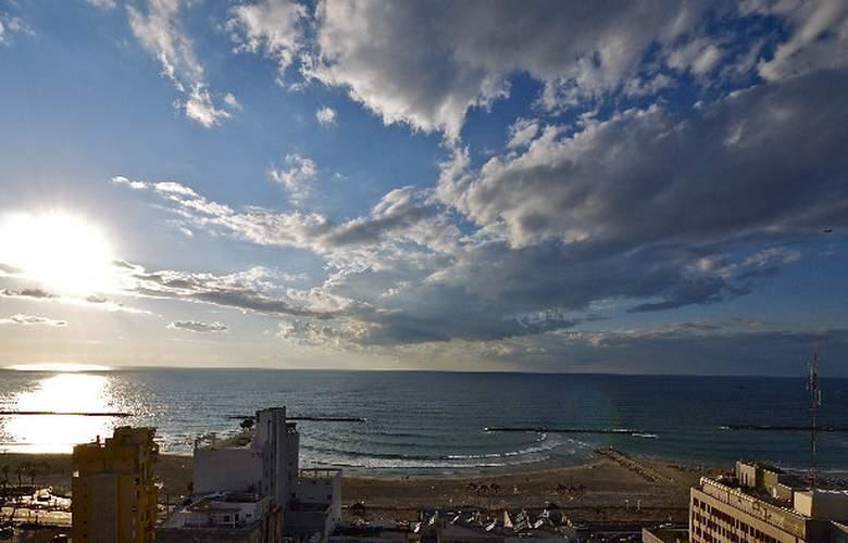 Metropolitan Tel Aviv - Beach - 4
