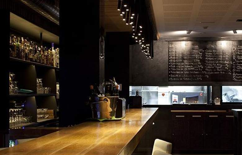 Domus Selecta Plaza Vieja Hotel & Lounge - Bar - 8