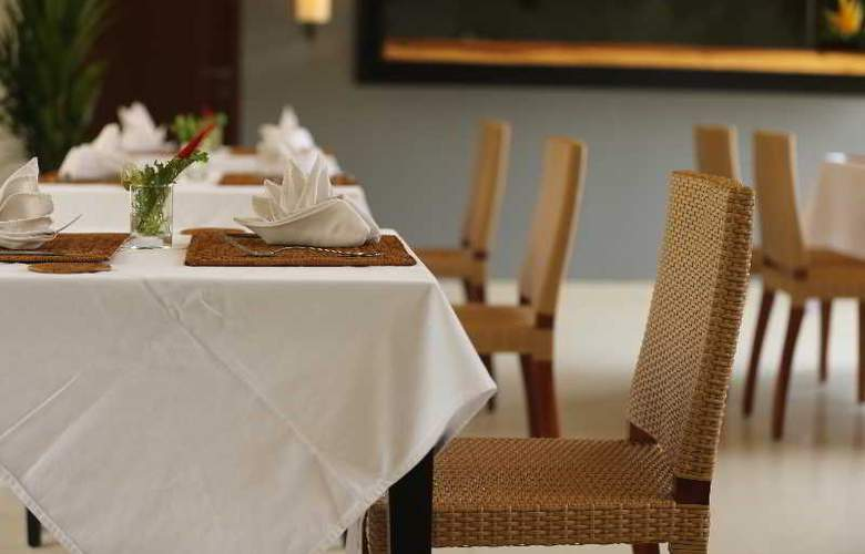 Samaja Villas Seminyak - Restaurant - 20