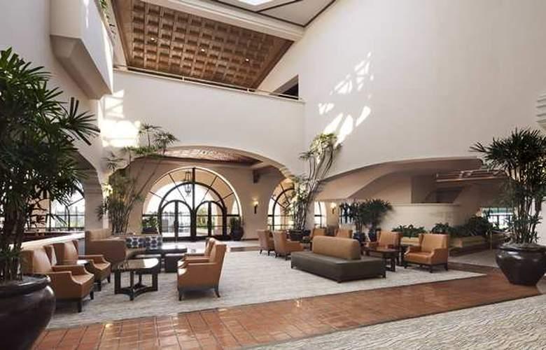 Hilton Santa Barbara Beachfront Resort - Hotel - 10