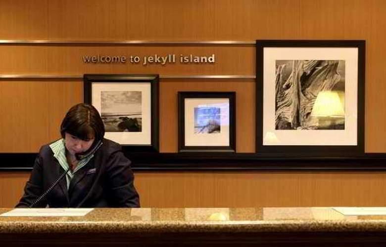 Hampton Inn & Suites Jekyll Island - Hotel - 1