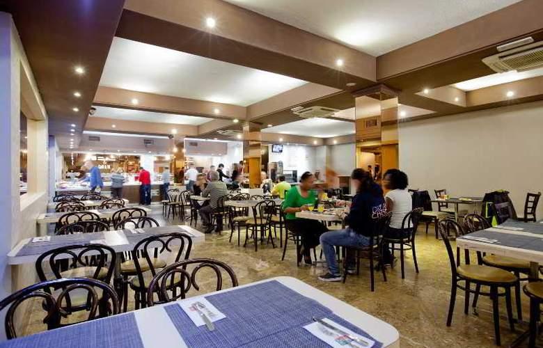 Puerta de Toledo - Restaurant - 36