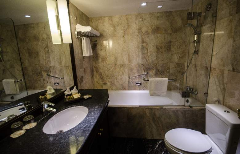 Rembrandt Towers Serviced Apartment - Room - 9