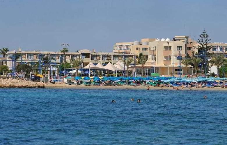 Limanaki Beach Hotel - Beach - 4