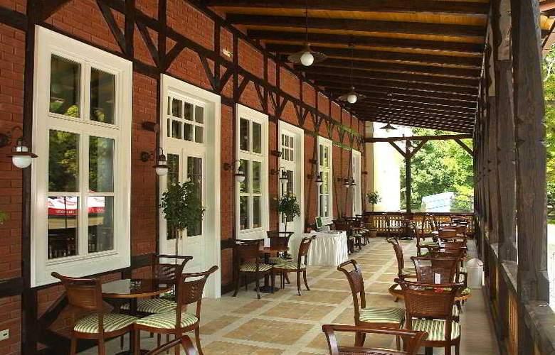 Hotel Korana Srakovcic - Terrace - 21