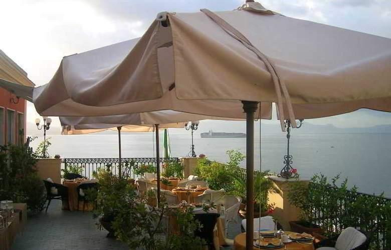 Hotel Miramare - Terrace - 4