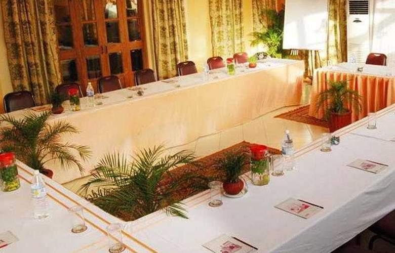 Lotus Beach Resort - Conference - 4