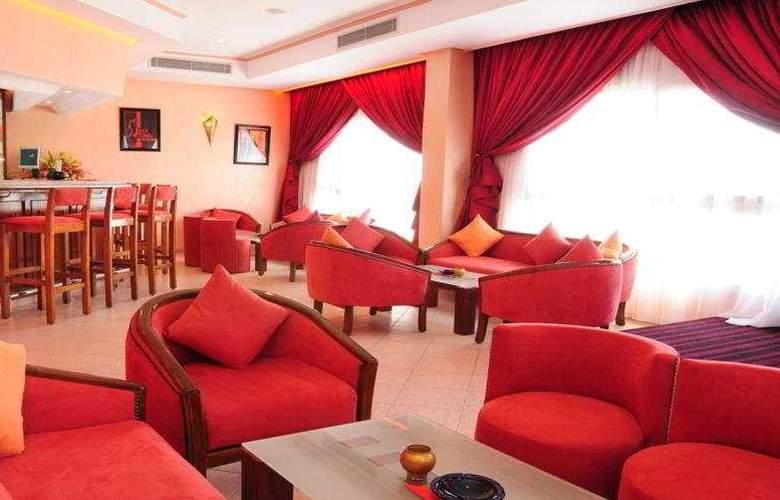 Tildi Hotel - Bar - 6