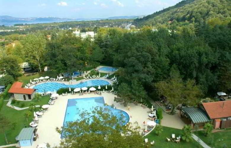 Gural Sapanca Wellnes Park Otel - Pool - 17
